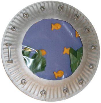 Paper plate submarine craft