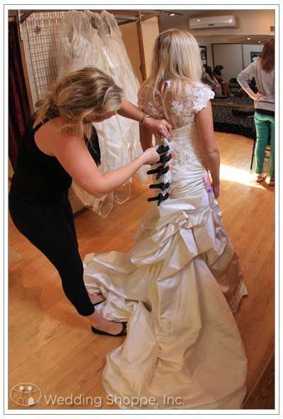 Find great advice for wedding dress shopping from the Wedding Shoppe today! #weddingplanning #weddingdress #shopping