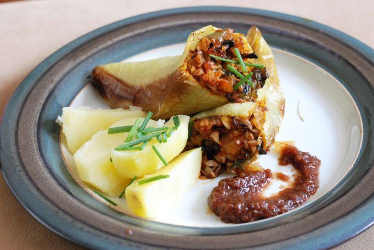Fotorecept: Pečené papriky s pohankou a hríbmi