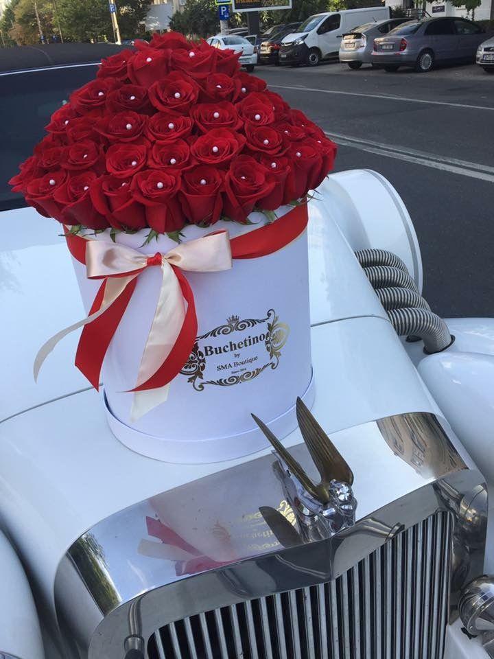 Trandafiri criogenati by Buchetino in clopot de sticla🥀 Comanda pentru persoana iubita un trandafir nemuritor XXL 🥀  🌐 www.buchetino.com ☎️ 0723949413 📪 B-dul Mircea Voda No.34