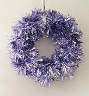 DIY Glam Christmas garland wreath - quck and easy decor // Villámgyors koszorú - kopogtató karácsonyi girlanddal // Mindy - craft tutorial collection // #wintercrafts #winterdecors #wintercrafttutorials #diy #DIY #wintercraftideas #diywinterdecors
