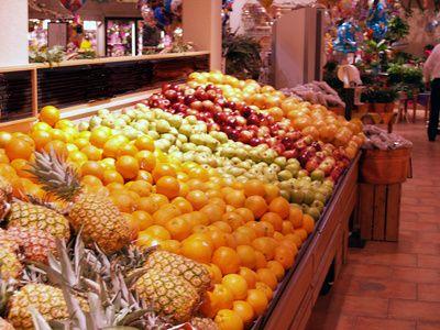 Cómo llenar una botella con frutas y verduras en vinagre que sirva para decorar | eHow en Español