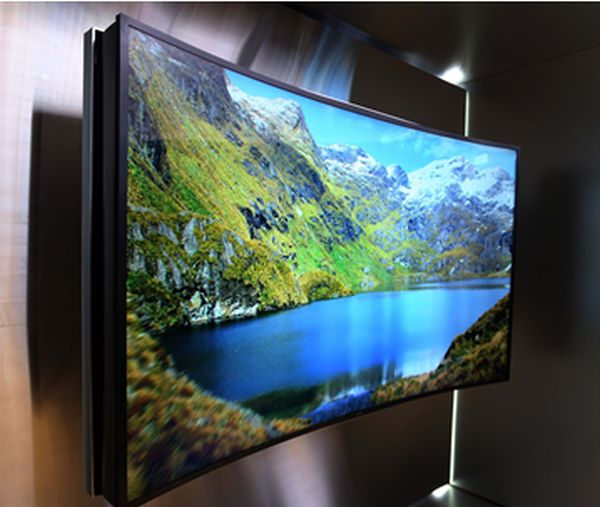 "Samsung-85-inch-Bendable-UHD-TV - Samsung's latest innovation is a flexible, ""bendable"" Ultra HD TV"