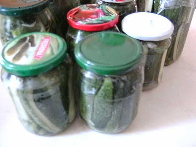 Egy kanál cukor: Csemege uborka hideg vízzel eltéve