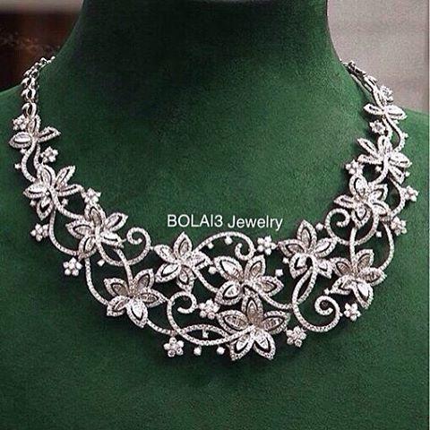 BEAUTIFUL!! #Diamond Necklace from @kallista_jewellery #bola3jewelry
