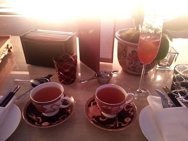 #ShangriLaHotel #tea #luxury http://www.leftbanked.com/2013/10/357-recent-life.html