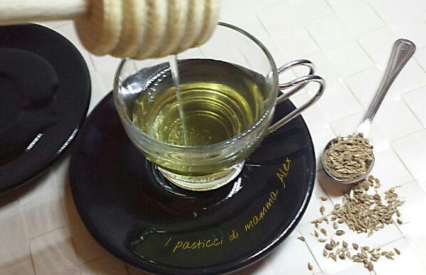 Tisana digestiva al finocchietto è un vero toccasana in caso di digestione difficile o dopo un pasto pesante e il suo profumo avvolgerà la vostra cucina