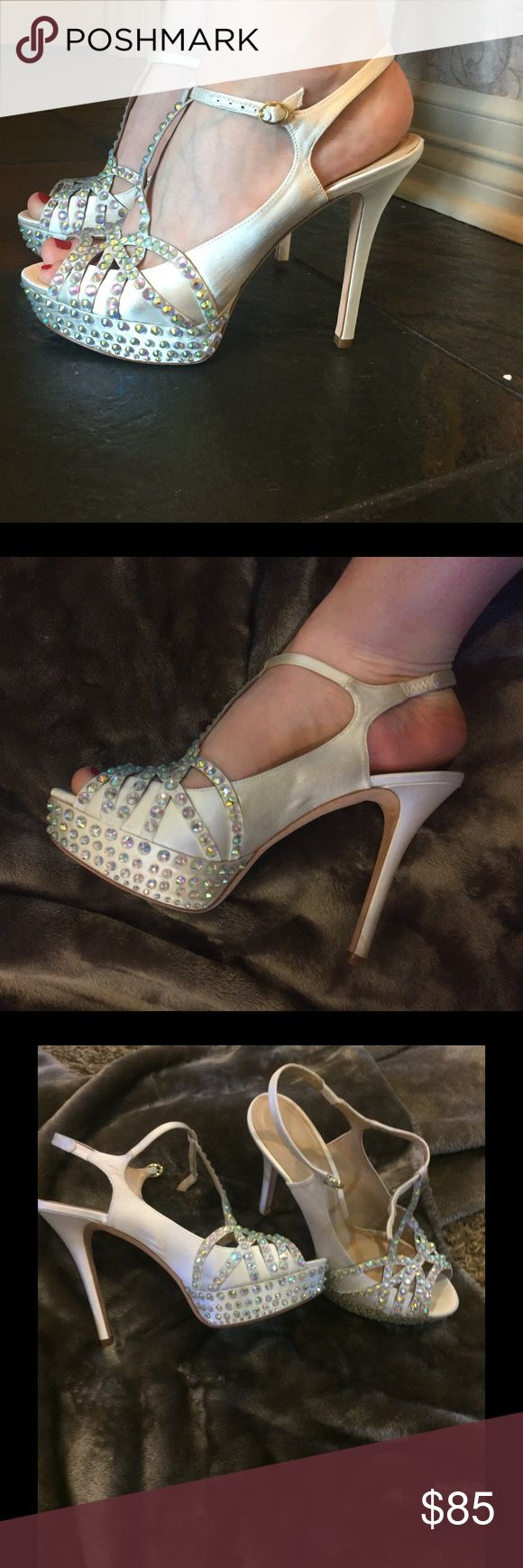 """Brilliant JOAN & DAVID Crystal and Cream Heels 💎! Soooooo Sexy! 💋JOAN & DAVID Crystal and Cream Heels 👠! Size 9M ! These will be your """"Go To"""" heels for a night out! Your legs and feet will look simply, """"WOW"""" and you will want to dance all night 💃! Worn exactly once, great condition 👍🏻 Joan & David Shoes Heels"""