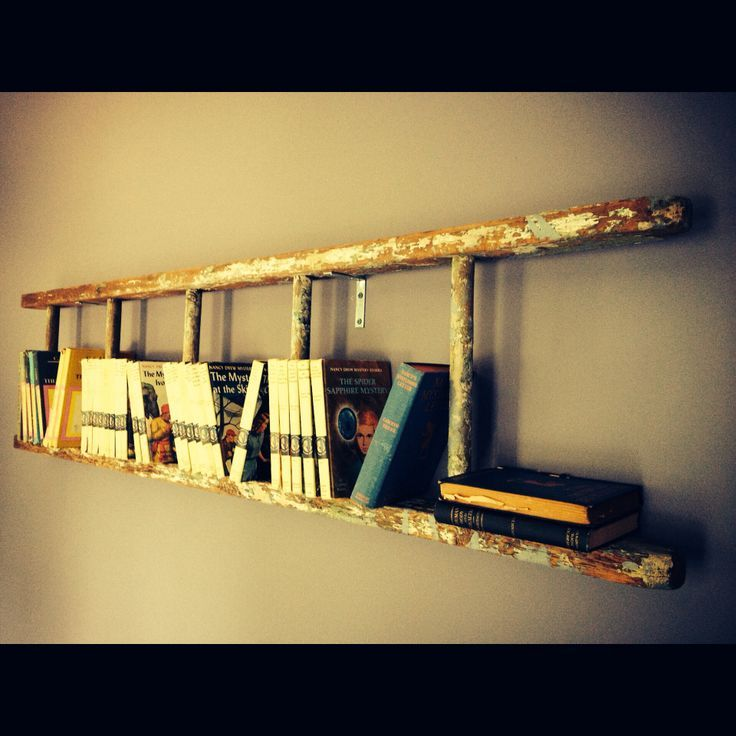 Ladder hung on wall for a bookshelf – #Bookshelf #…