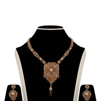 Maroon and Green Golden Color Stone Studded Necklace Set