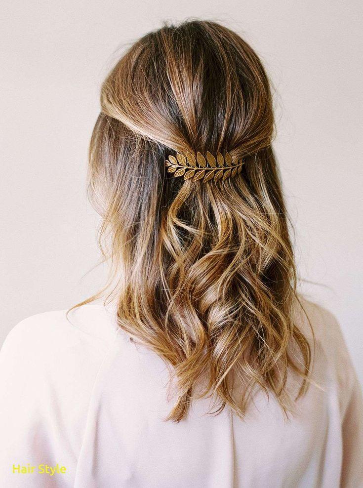 Elegant wedding hairstyles for short hair in half