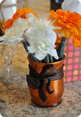 Glitter Vase: Just paint it with Mod Podge and glitter mixed