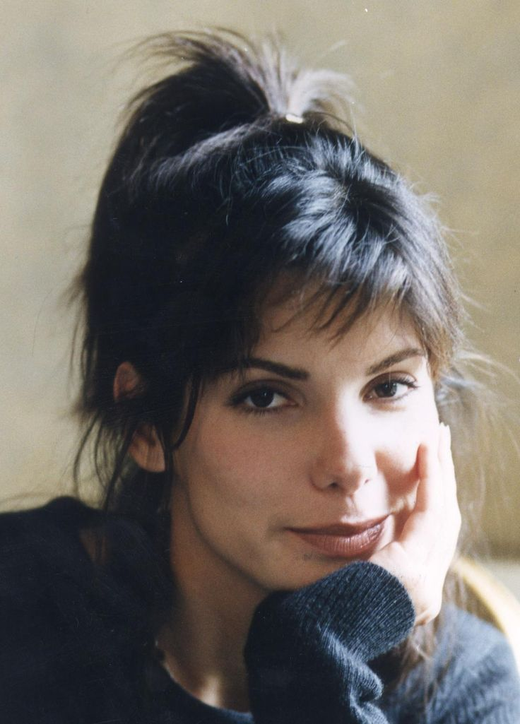 Sandra Bullock - While You Were Sleeping  LOVE this movie!!!!