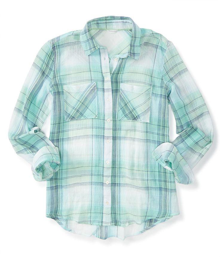 EstaCamisa feminina da Aeropostaleésuper delicada.A camisa tem estampaxadrez e o tecido possui algodão. A camisa é modelo manga longa,tem fechamento com botões e dois bolsinho. O tecido é leve e temcaimento perfeito no corpo.A cor predominante da camisa é verde!ACamisa da Aeropostaleé uma peça indispensável no guarda roupas, pois são modernas e versáteis!Estacamisaé original e importada dos EUA.