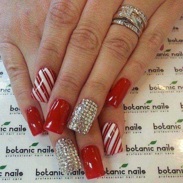 Crveno :D favourite colour = red nail art