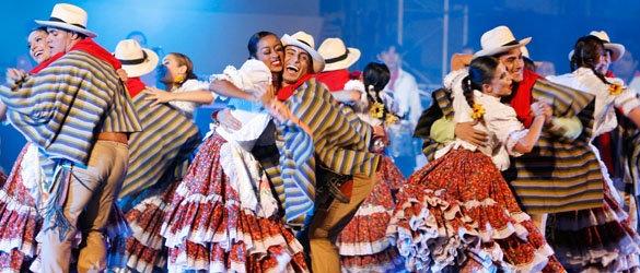 Colombian people dancing