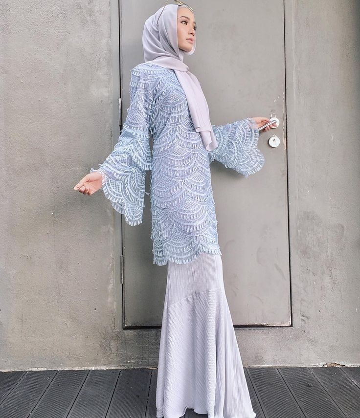 "2,125 Likes, 5 Comments - Minimal Is Chic (@lilfaraaaah) on Instagram: ""Haya blouse in pink ✌ @calaqisya"""