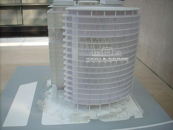 Maqueta de Concurso torre de oficinas Distrito Fedral