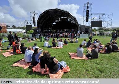 O Parque da Cidade, no Porto, enche-se, este fim-de-semana com uma fauna diferente. Veja as imagens do primeiro dia de concertos do Optimus Primavera Sound.