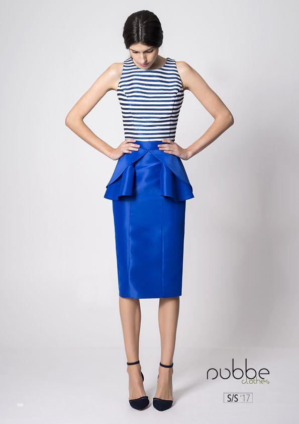 RAYAS  Imagen: #top Island y #falda Andrea. Colección Nubbe Clothes #SS17  ¿Os gusta el efecto metalizado? El top Island tiene un toque distinto, combina la #elegancia del clásico estilo #marinero con el azul metalizado en sus #rayas.  http://nubbeclothes.com/shop/tops-y-camisas/top-island/