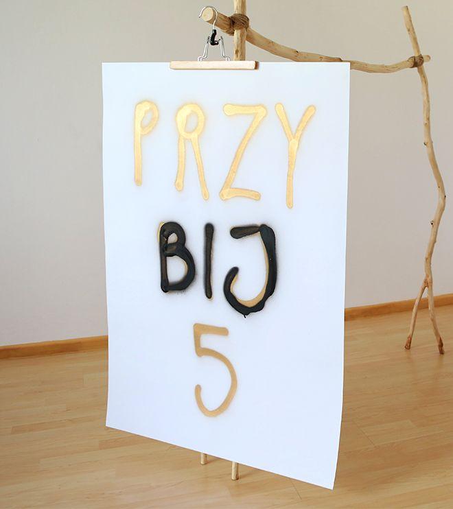 Plakat - PRZY BIJ 5 - paint 70x100 biały