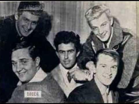 Telstar , énorme succès de 1962 (pour les nostalgiques....)