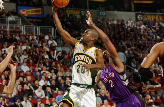 Gary Payton — SuperSonics Sonics stats (1990-2003): 999 games (993 starts), 18.2 ppg, 4.2 rpg, 7.4 apg, 2.1 stea...