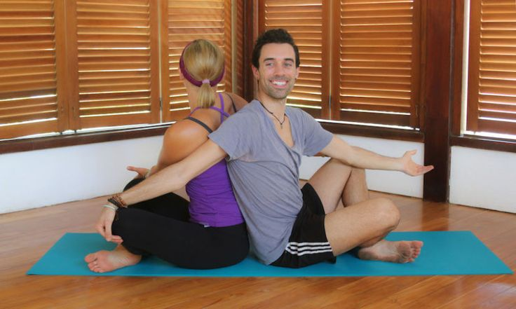 5 Couples Yoga Poses To Strengthen Your Relationship Hero Image
