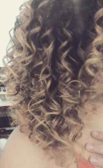 Californianas#curly#love#Jc pequena Diva