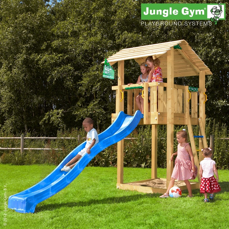 Jungle shelter - A quality children's play equipment, with a large roof, combining multiple facets in a compact form.