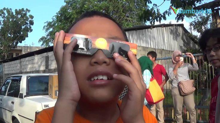 Cara Unik Siswa di Padang Saksikan Gerhana Matahari