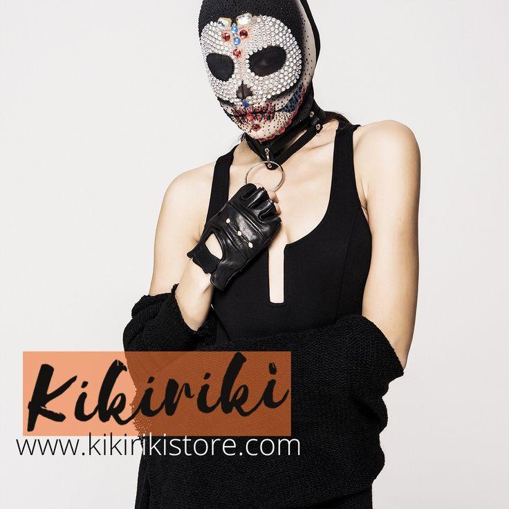 Bildiğiniz modayı unutun! Kikiriki'nin sizi baştan değiştirecek çizgileriyle tanışın.  #kikiriki #fashion #moda #style #design #accessories #aksesuar #glove #eldiven