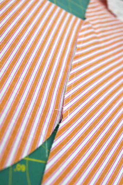 een zak in de zijnaad naaien met een franse naad. Goede tutorial.