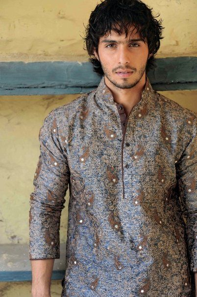 Casual wear   Google Image Result for http://www.fashionstylestrend.com/wp-content/uploads/2012/04/Mens-kurta.2.jpg