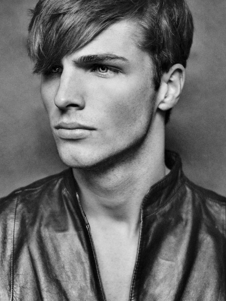 Portrait - Edward Wilding Portraits by Markus Lambert
