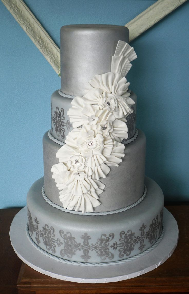wedding cakes silver 35 best images about 25th silver anniversary theme on 25463