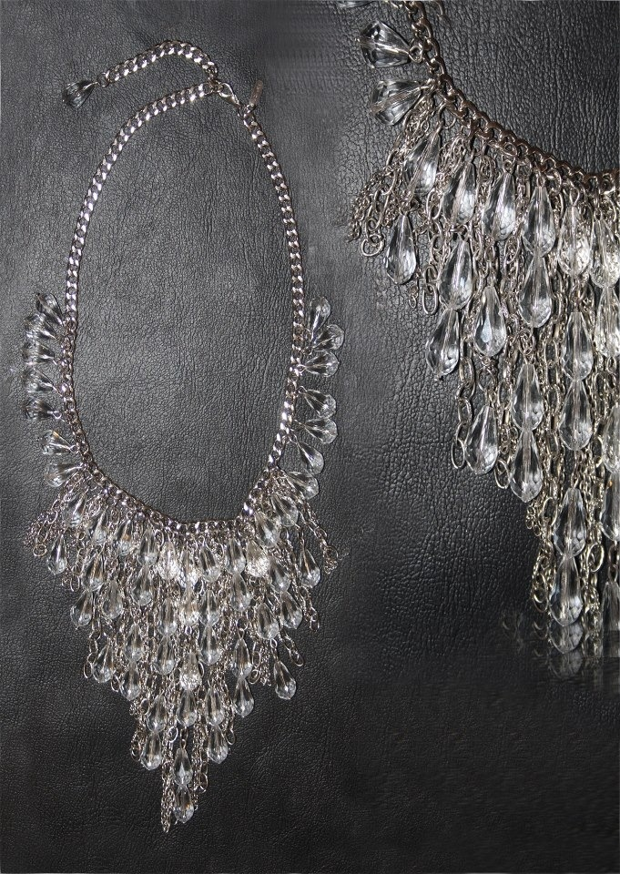 Necklace Jomana For order and info: contact@intidharsaleh.com http://www.facebook.com/pages/Intidhar-Saleh/194611523977854?ref=hl