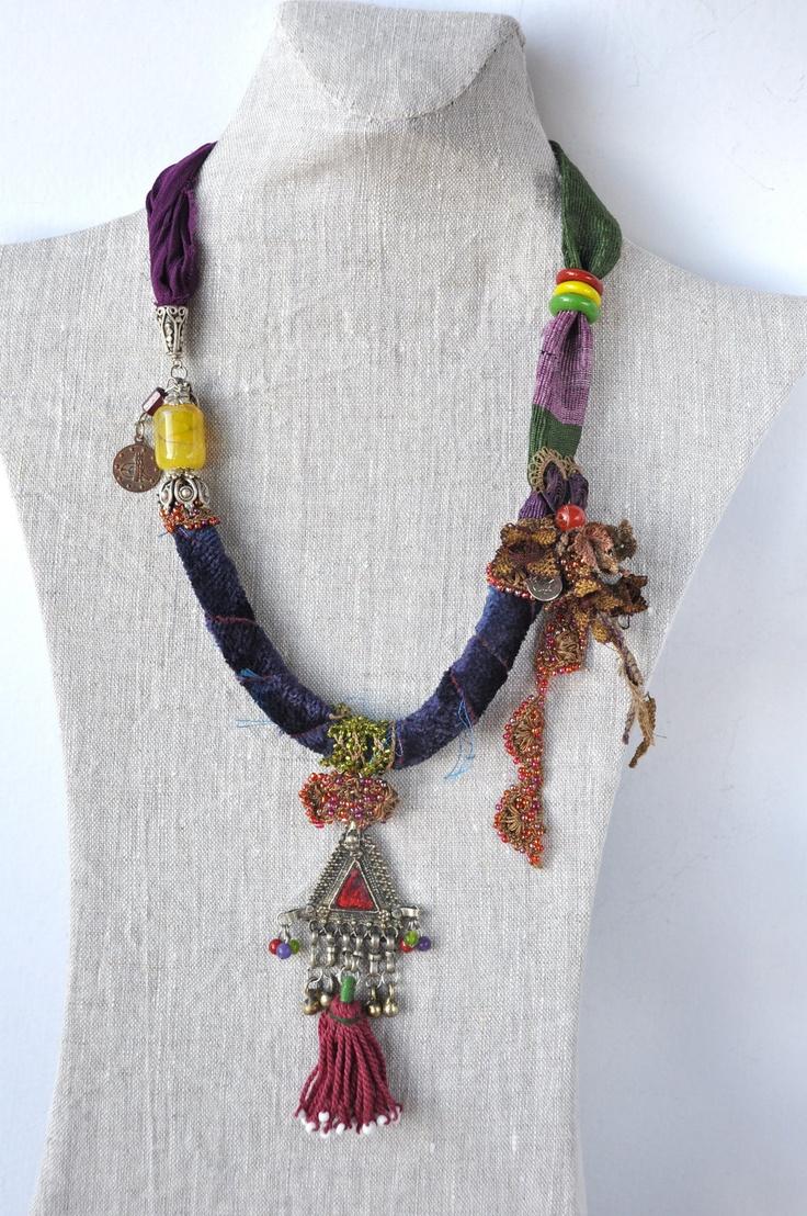 necklace by Hobilium, via Etsy.