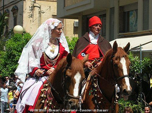Cavalieri in costume di Sassari