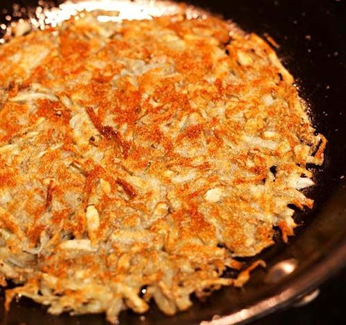 Crispy Homemade Breakfast Hash Browns. The key is to remove as much starch as possible.
