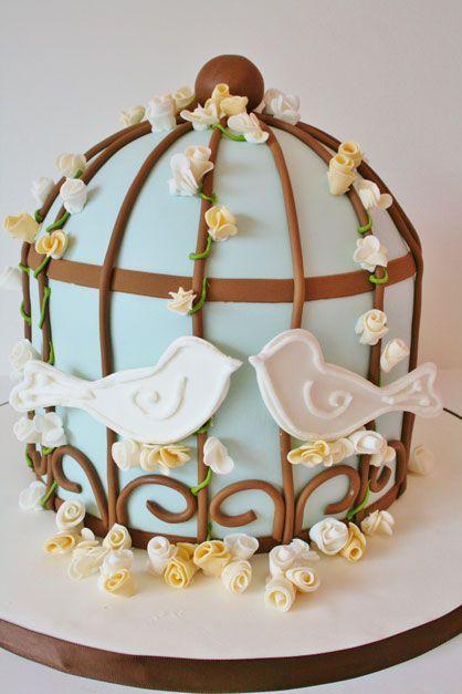 Risultato della ricerca immagini di Google per http://www.sweetgrace.net/wp-content/uploads/2012/01/Bridal-Shower-Cakes-New-Jersey-Love-Birds-Birdcage-Custom-Cakes.jpg