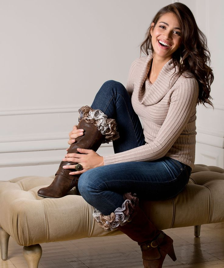 Ruffles-to-Crochet Boot Toppers: free pattern