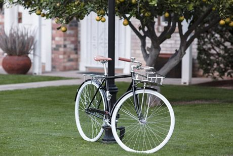 State Bicycle Co. - Karlmichael  https://www.volavelo.com/comprar-bicicleta-paseo/state-bicycle-co/karlmichael.html