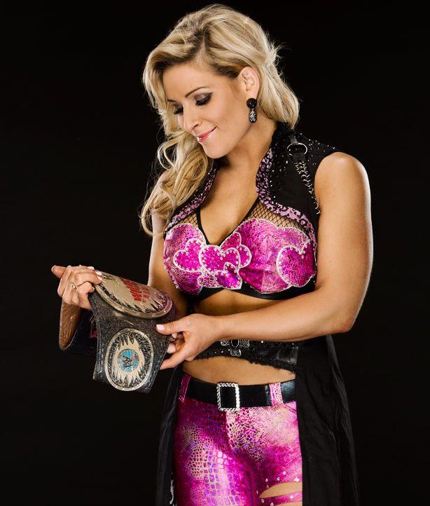 NattieByNature on Twitter in 2020 | Professional wrestler