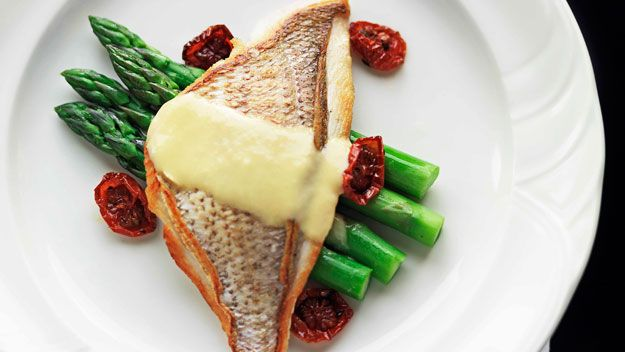 Pan-fried snapper with leek beurre blanc