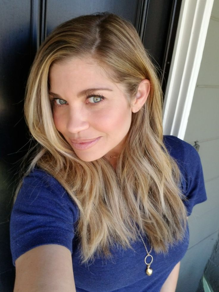 Strip the color is often a question that lands in my inbox. It also happens to be the one that frustrates the life out of me. Find out why in this week's Q&A with Ask the Pro Stylist! And, look for a quick hair tutorial to achieve Danielle Fishel's tresses with texture.