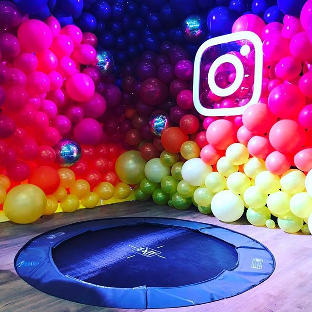 All the #balloons ! #trampoline #photobooth #vcp2017 #instagram #hashtag #eventprofs with @smylecreative by ntcouk.  vcp2017 #eventprofs #hashtag #trampoline #instagram #photobooth #balloons
