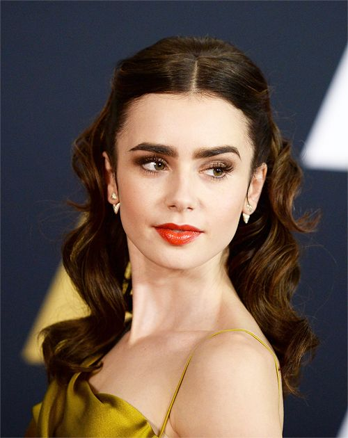 Lily Collins. Source: http://dailylilycollins.tumblr.com/
