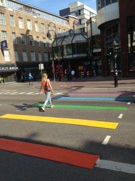Regenboogzebra, Lange Viestraat, Utrecht