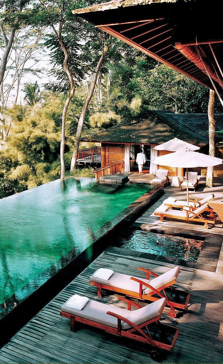 Best 25 hotel pool ideas on pinterest infinity pools for Infinity pool design uk
